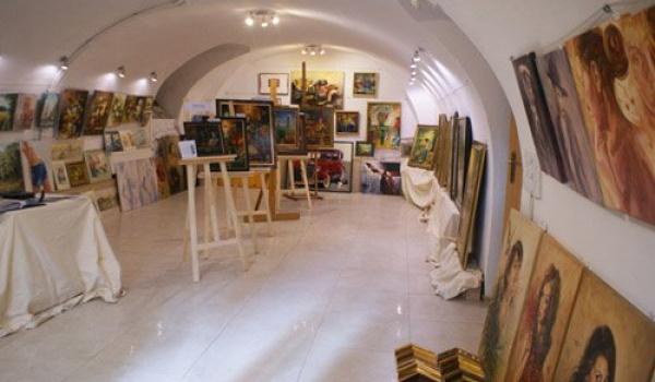 Going. | Galeria Sztuki i Atelier Maya - Galeria Sztuki i Atelier Maya
