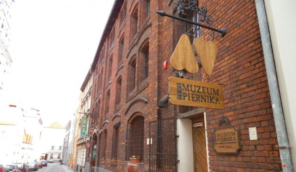 Going. | Żywe Muzeum Piernika - Żywe Muzeum Piernika
