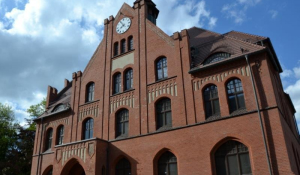 Going. | Muzeum Powstań Śląskich | Świętochłowice - Muzeum Powstań Śląskich w Świętochłowicach