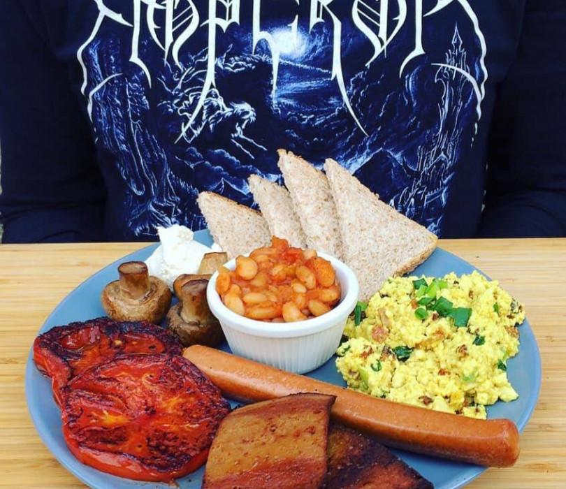 Roślinne śniadanie nad Wisłą // English Vegan Breakfast