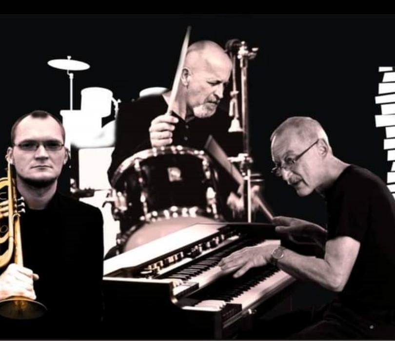 Krzemiński/Serafiński/Skolik Trio